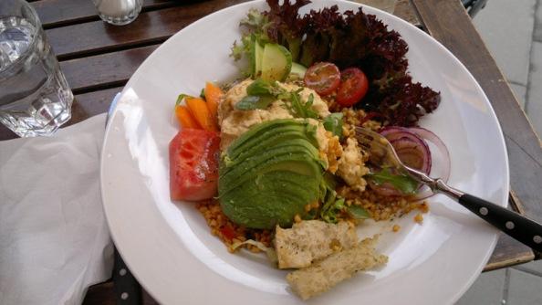 Salaatti LouieLouiessa